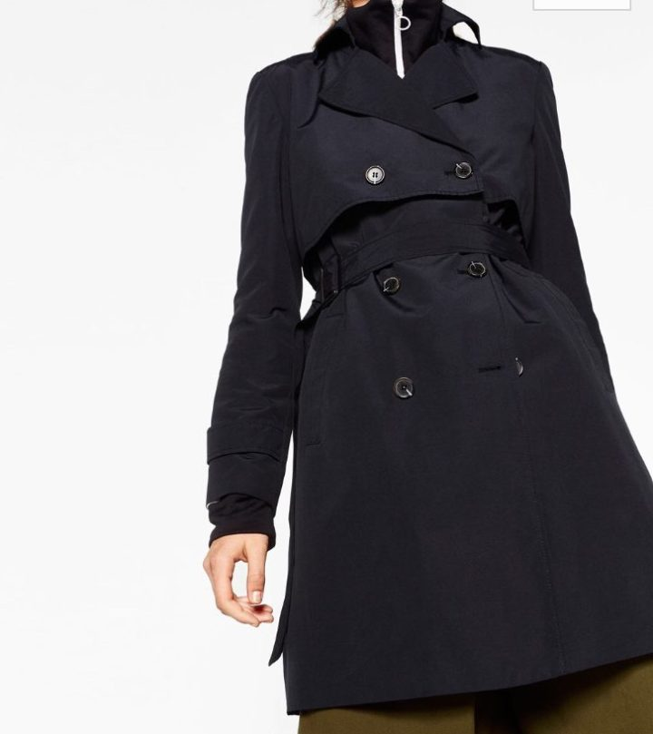 Short Trench Coat, by Zara (€ 49,95)